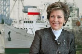 Генеральный директор Музея Мирового океана —  лауреат Государственной премии Российской Федерации в области литературы и искусства