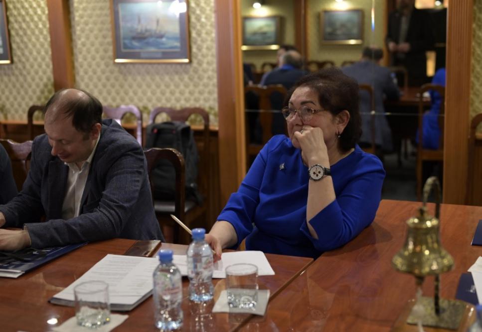 Зубина Лариса Вениаминовна